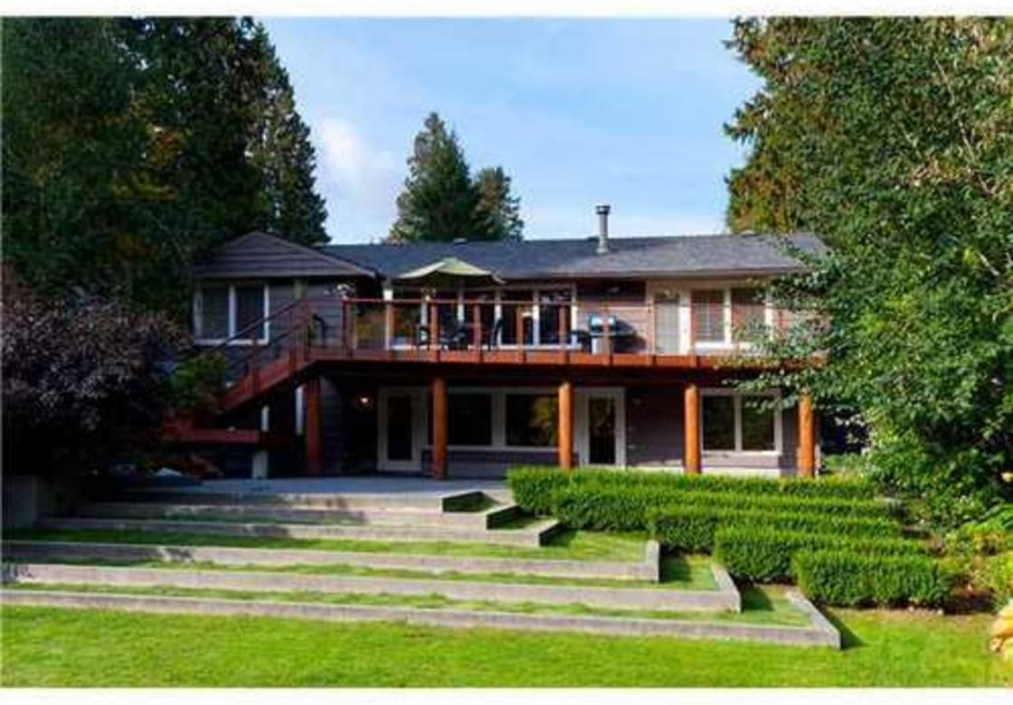 1390 Ottawa Avenue, West Vancouver