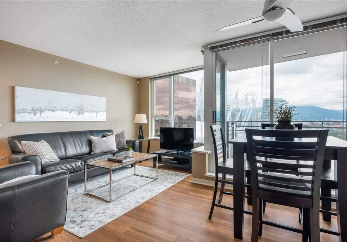 2701 - 33 Smithe Street, Yaletown, Vancouver West